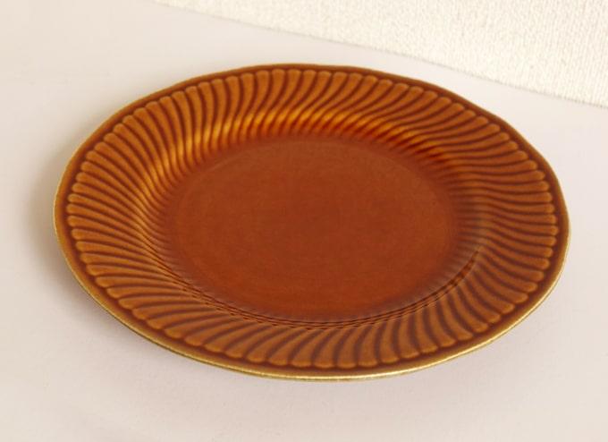 ベルギーのヴィンテージ陶器BOCHデザート皿