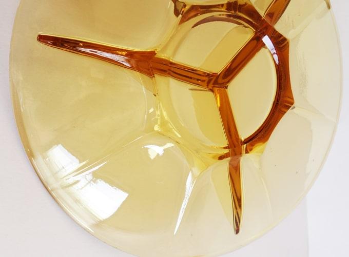 アンバーガラスの仕切り皿 ヴィンテージ