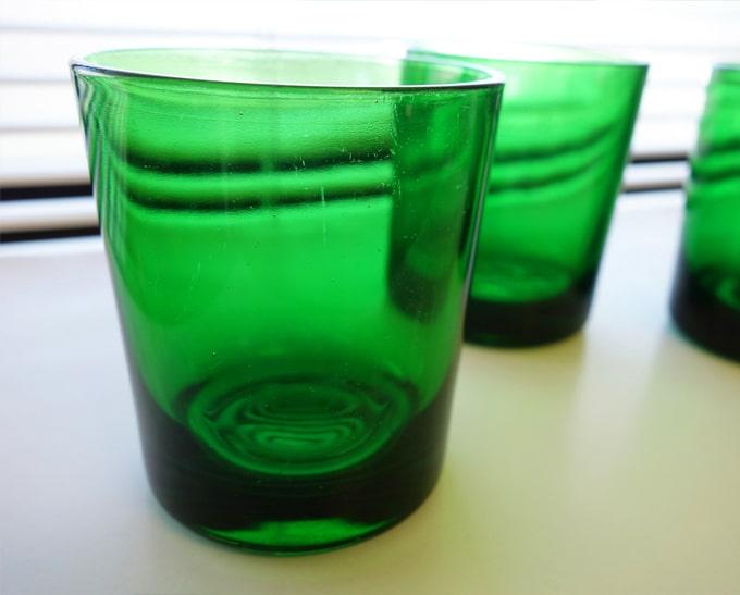 グリーンのタンブラー ヴィンテージ食器