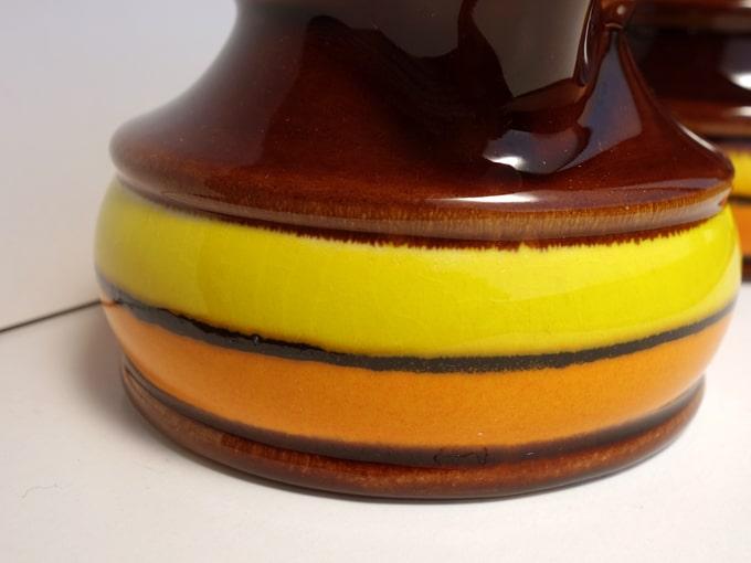 レトロなヴィンテージ陶器ボーダー柄