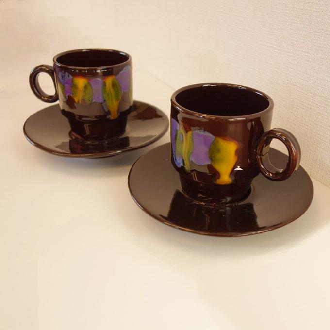 ビンテージのカップ&ソーサー黒×紫