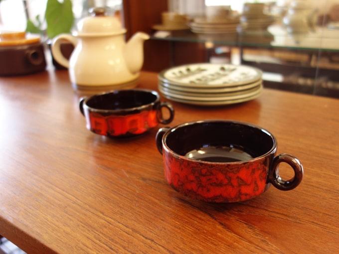 ハンドペイントのヴィンテージ陶器スープカップ