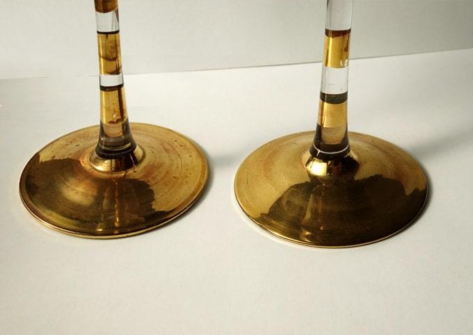 金色ボーダー柄のステム(グラス脚)